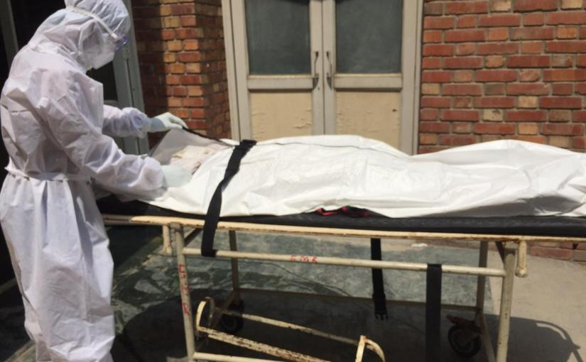 Overflowing crematoriums, unsaid goodbyes … the pandemic deathstory